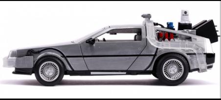 RETOUR VERS LE FUTUR II DELOREAN TIME MACHINE   CARSNGO.FR