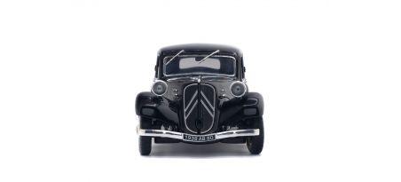 CITROËN TRACTION 11B – NOIR – 1937 | CARSNGO.FR